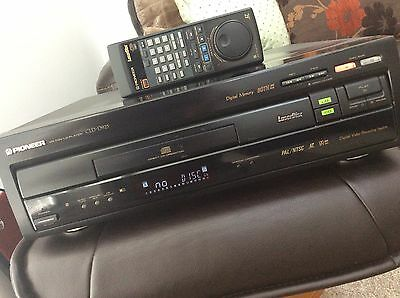 Pioneer CLD-D925 Laserdisc Player & Remote,VGC,Wirral Collection Only.