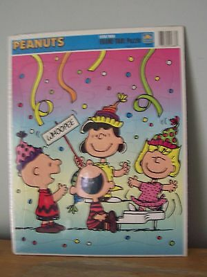Extra Large Peanuts Golden Tray Puzzle- Charlie Brown, Lucy, Patty -  Sealed