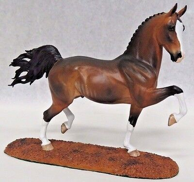 Animal Artistry Hackeny Stallion Small Traditional Size Resin Horse Signed