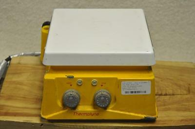 """Barnstead Thermolyne Hot Plate / Stirrer 7"""" x 7"""" SP46925 120 Volts 1118 Watts"""