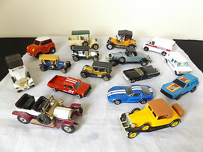 Lovely Job Lot Of 16 Vintage Diecast Toy Cars.