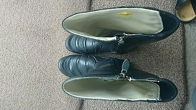 nike boots shoes ladies size 7.5 uk