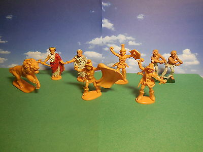 Vintage Atlantic Gladiators and Christians Plastic Toy Soldiers 1:32