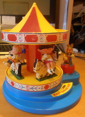 VINTAGE 1970s MAGIC ROUNDABOUT MUSICAL MERRY GO ROUND. ALL FIGURES. WORKING.