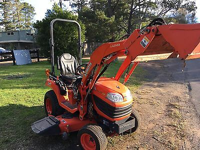 Tractor Kubota BX2370 24 HP 4x4 4in1 Bucket Mower Deck 3pl PTO 170 Hrs Only