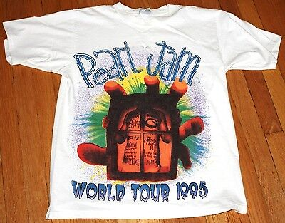 Pearl Jam 1995 World Tour Live in Concert Shirt - Rare Vintage T-Shirt LARGE L
