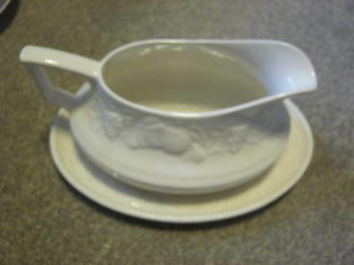 British Home Stores Barratts Lincoln Sauceboat and Saucer