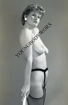 1960s VTG B/W Camera Negative Nude Female Pin Up in Stockings & Garters YBW-31