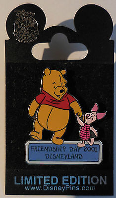 Disney Pin DLR Friendship Day 2001 LE3600