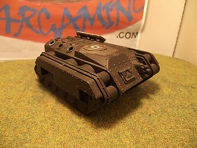 Warhammer 40k Ruined Tank Scenery (G916)