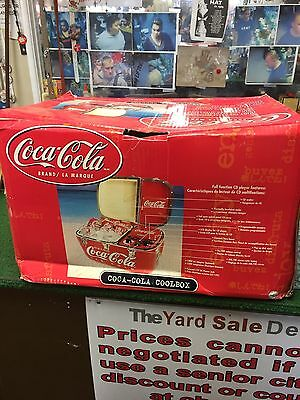 New Coca Cola Coolbox Cooler Am-Fm Radio & Cd Player
