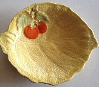 Devon Ware Made In England Design Yellow Leaf Shape Med Dish Fruit