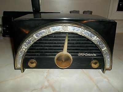 Vintage CBS Columbia Deco Bakelite Superheterodyne Tube Radio ~ Estate Fresh!!
