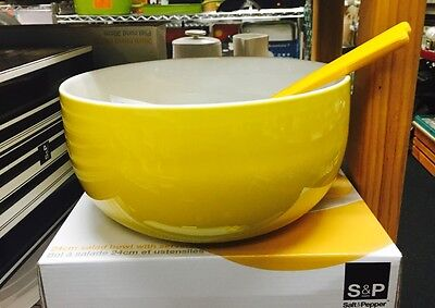 Large Yellow 24Cm Bowl With Salad Servers  S& P Was $29.95  Now  $19.95