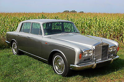 1967 Rolls-Royce Silver Shadow - 4 door saloon Enthusiased owned, beautiful presenting restored Shadow. Chrome bumper model