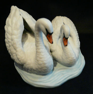 Royal Osbourne Swans Figurine