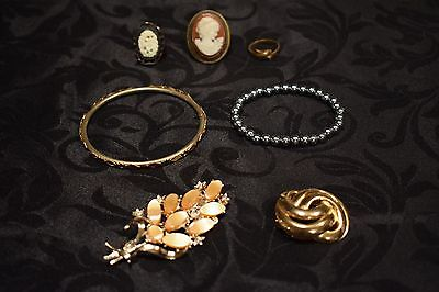 Mixed Bundle of Costume Jewellery
