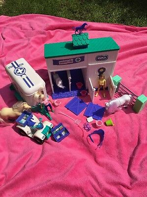 💙Animal Hospital Stables With Horse Box Loads Of Accessories!!💙