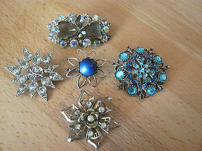 Vintage small lot of brooches, 5 silver tone brooches, rhinestones & stones
