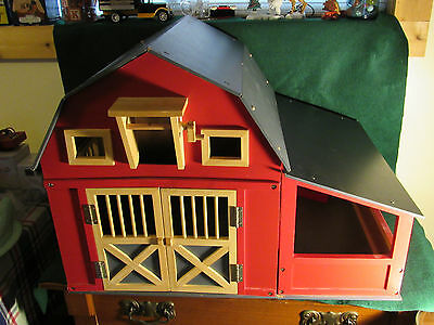 """RED BARN AND STABLE PLAY SET 18"""" TALL by Maxim"""