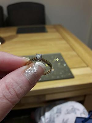 9ct gold diamond solitaire engagement ring and wedding ring set size M
