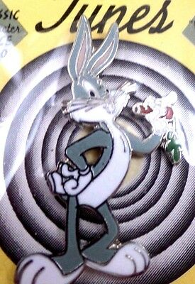 wb Pin Bugs Bunny w/Carrot DOC Warner Brothers Looney Tunes Bros MOC '93