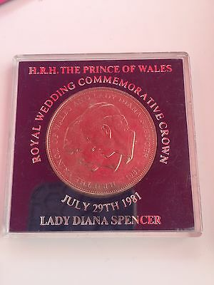 Prince of Wales and Lady Diana Royal Wedding Commemorative Crown 1981