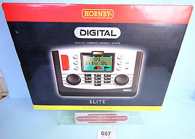 Hornby 'oo' Gauge R8214 Digital Elite Command Control System Boxed #667W