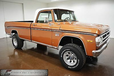 1971 Dodge Power Wagon Truck/SUV 1971 Dodge  D200 Power Wagon 4x4