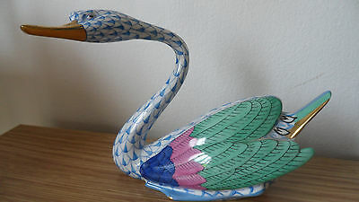 Herend Hungary Fishnet Coloured Swan Figurine - Stunning