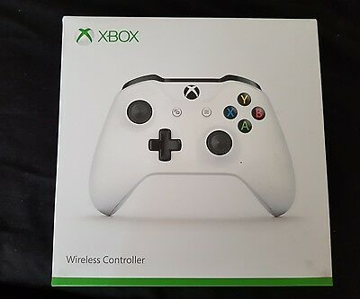 Microsoft Xbox One Wireless Controller White With Bluetooth For Windows 10 PCs