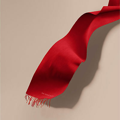 Burberry Parade Red Classic 100% Cashmere Scarf Made in Scotland RRP350GBP