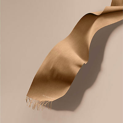 Burberry Camel Classic 100% Cashmere Scarf Made in Scotland RRP350GBP