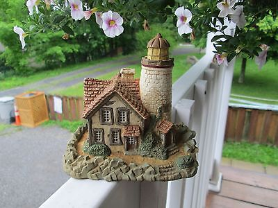 Timber Cottage Lighthouse by Lenox 1997>>GORGEOUS