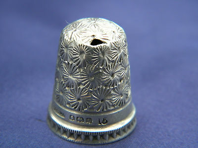 LOVELY HENRY GRIFFITH & SONS LTD SOLID SILVER THIMBLE Size 15 ~ Birmingham 1930
