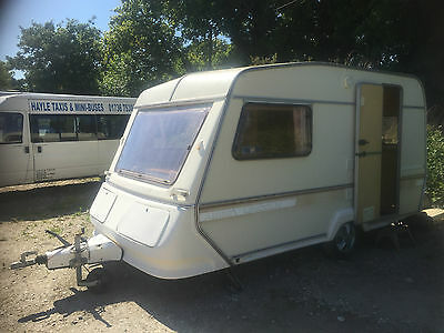 Abbey Lincoln 2 Berth Caravan with Awning and Pods/Annexes