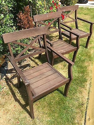 wooden garden patio Table and chairs x3