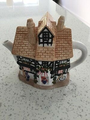 Collectable Teapot Regency Fine Arts Boxed