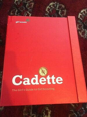 Girl Scouts Cadette The Girl's Guide to Scouting 3-ring binder book manual