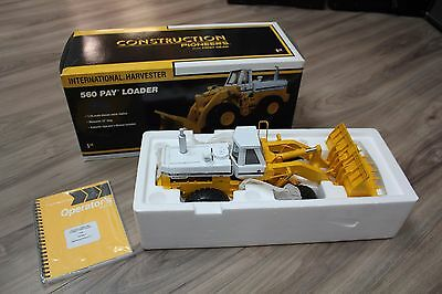 First Gear Diecast 1:25 International 560 Pay Loader Construction Pioneers