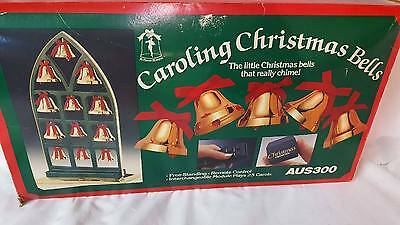 Musical 1990 Caroling Christmas Bells by Ye Merrie Minstrel w/Box & Remote