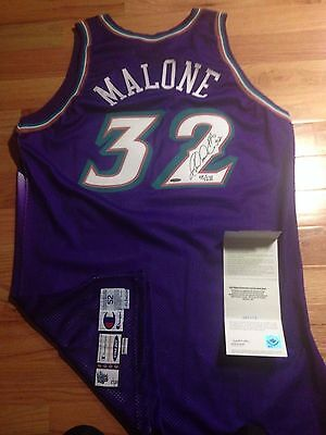 Karl Malone UDA Upper Deck Champion Game Issued Signed Autograph Jersey 45/132
