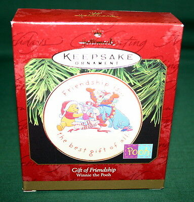 Hallmark Ornament 1997 Gift Of Friendship  Winnie The Pooh Plate