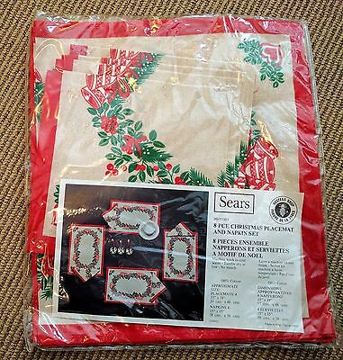NEW NOS Vtg Christmas Placemat & Napkin Set Holly Berries Bell print Linen Italy