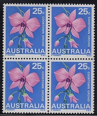 1968 25c Flower block of 4 with variety, mnh