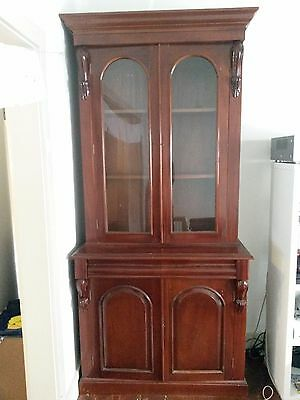 Solid Mahogany Antique Victorian Bookcase in Great Condition