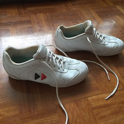 cheer shoes kaepa Size 5 Cheerleading