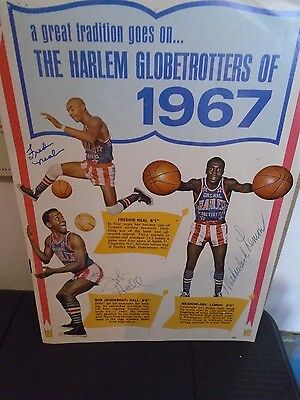 Rare Original Hand Signed Programme page by the 1967 Harlem Globetrotters