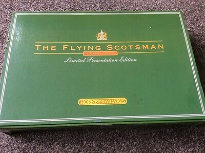 Hornby R075 LNER Flying Scotsman Twin Tender Pack Green Livery Limited Edition
