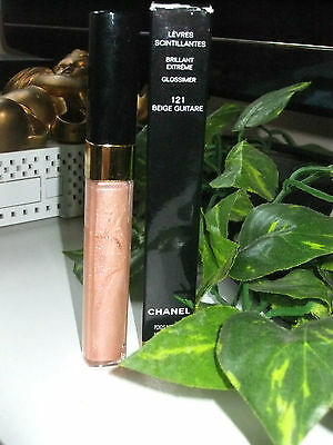 gloss N° 121 beige guitare CHANEL neuf